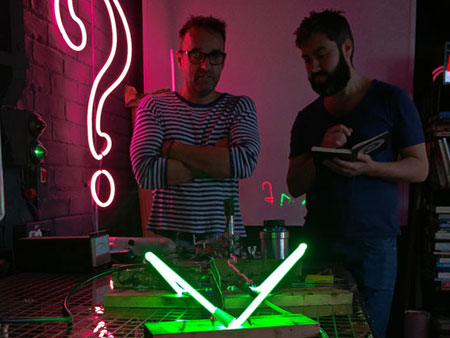 Neon-Workshop-Teaching